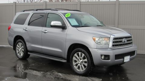 Pre-Owned 2010 Toyota Sequoia 4WD LV8 6-Spd AT Ltd