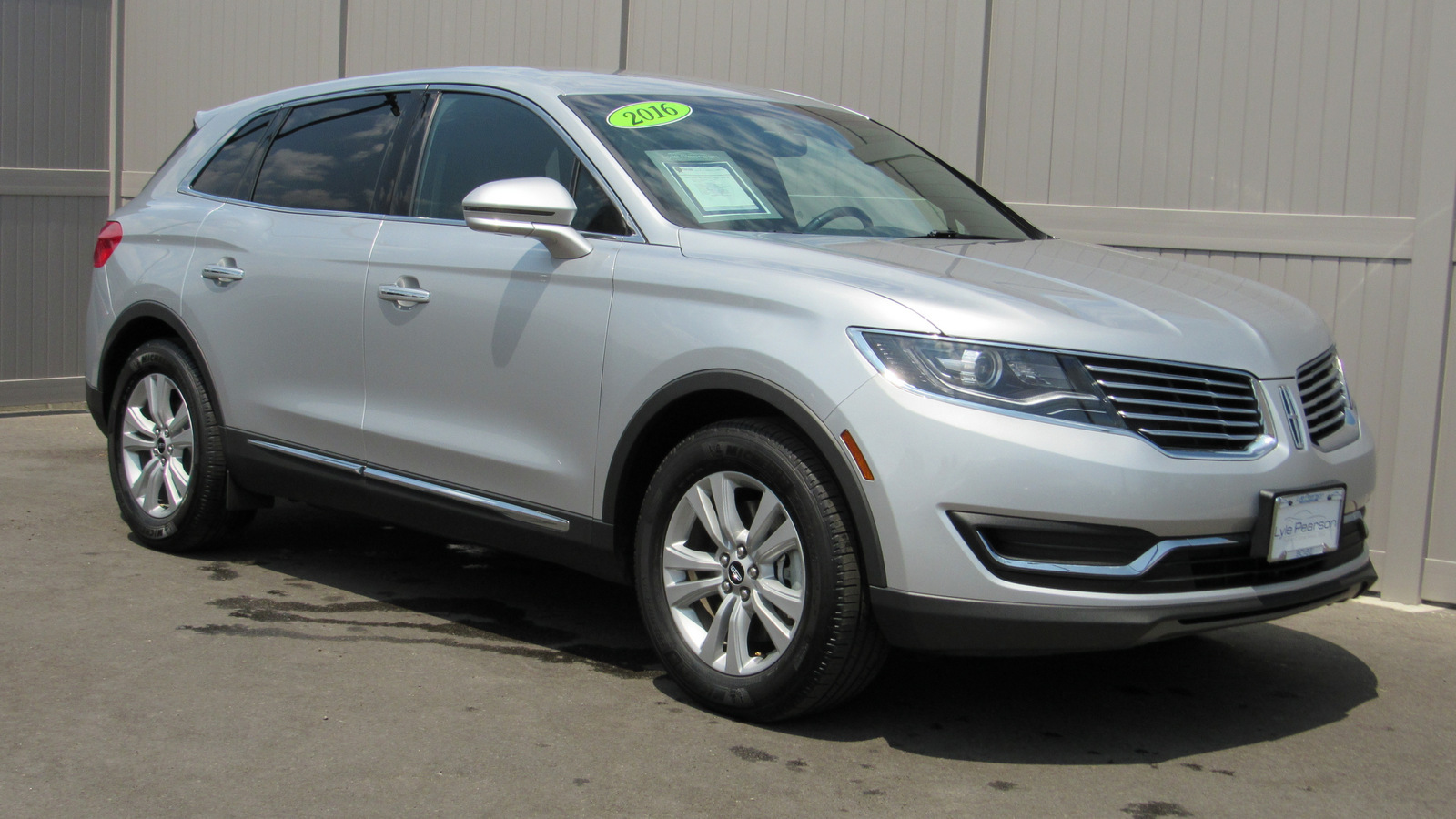 Pre-Owned 2016 Lincoln MKX FWD 4dr Premiere